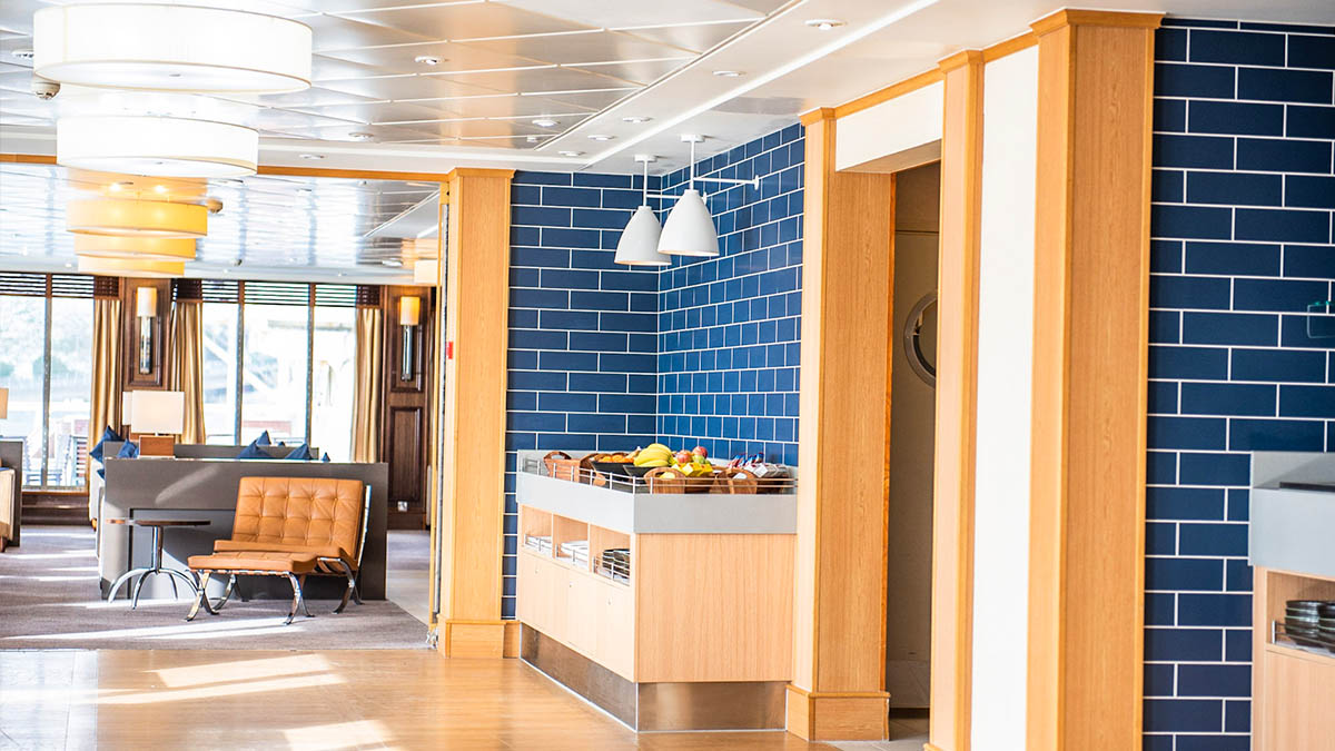 P&O Ferries Club Lounge 2022