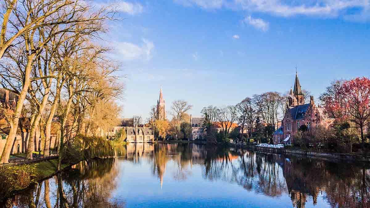 Bruges park in winter
