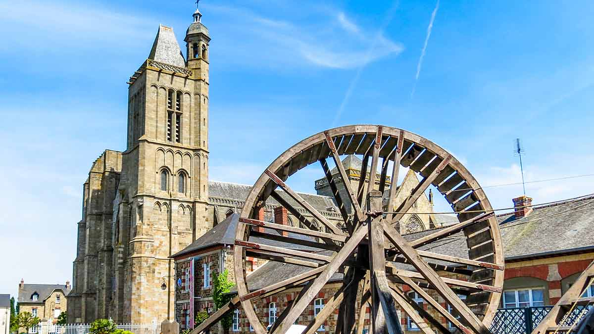 Saint Samson Cathedral in Brittany, France