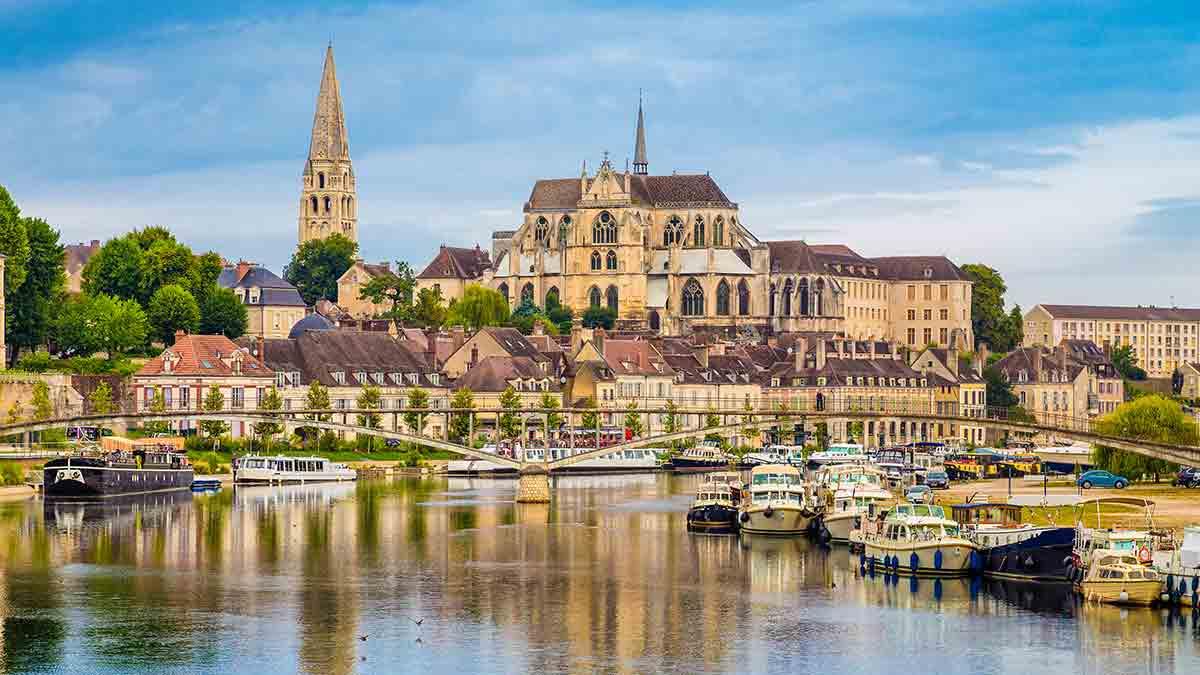 Auxerre Yonne River, Burgundy