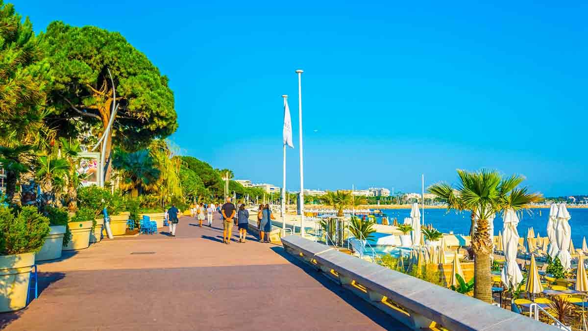 Boulevard de la Croisette in Cannes