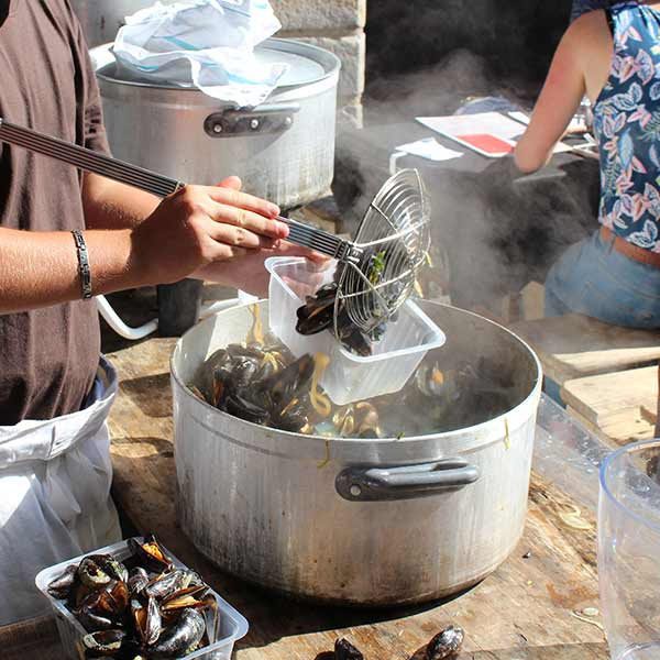 Cooking Mussels for Tourists in Lille