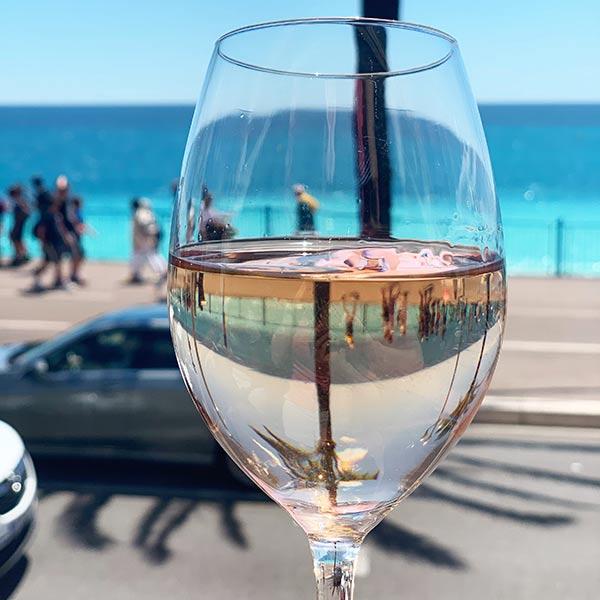 Wine tasting on a beach in Nice