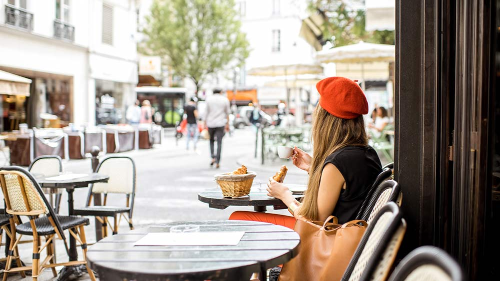 Attractions in France - Eating in Paris