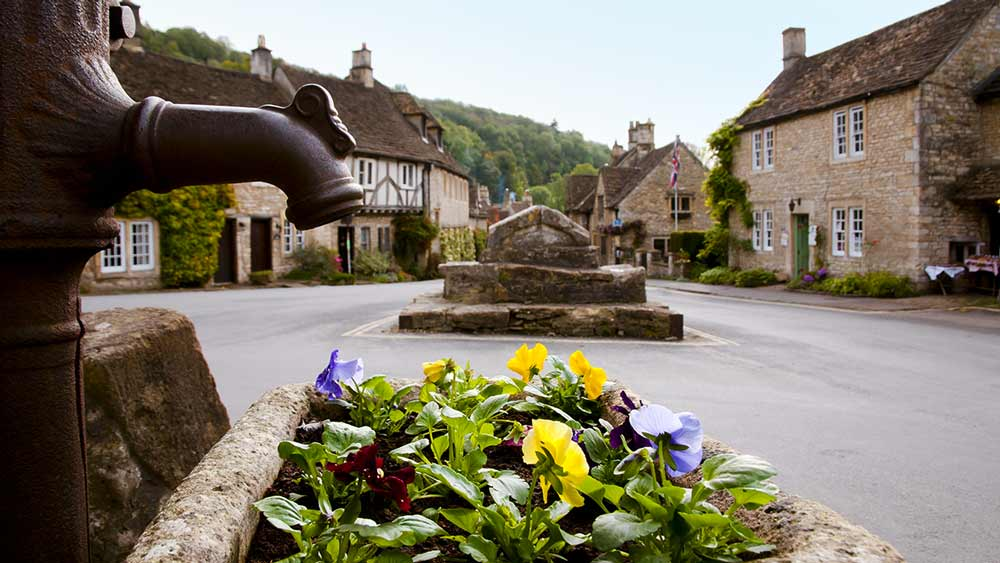 Castle Combe in Cotswolds England