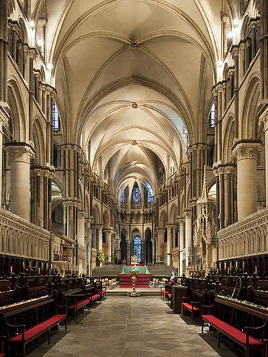 À l'intérieur de la cathédrale de Canterbury