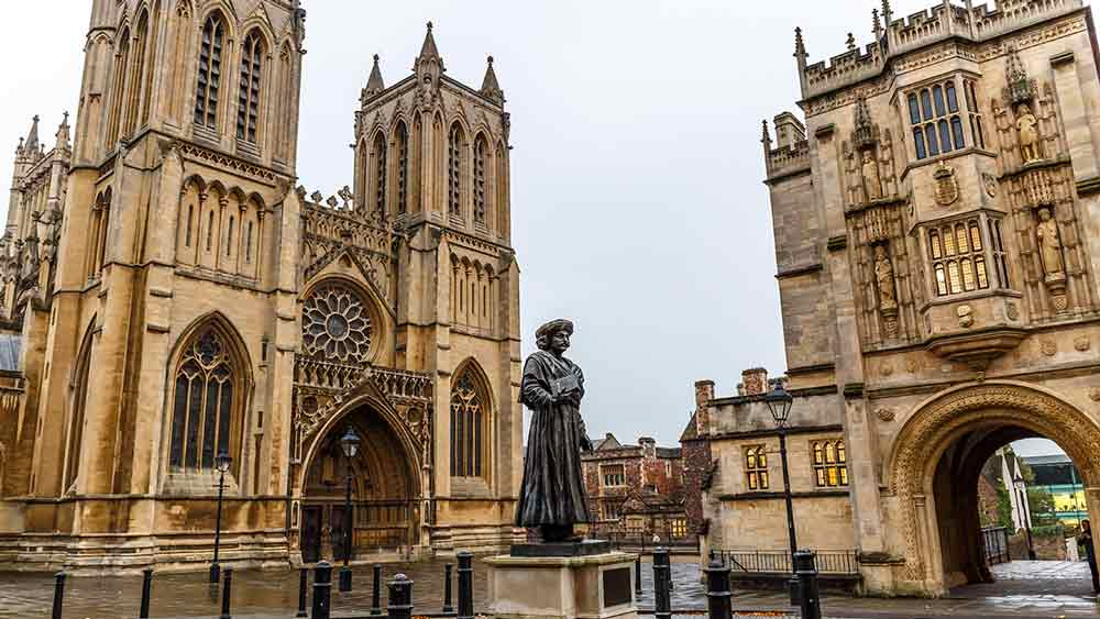 Learn about English history when you visit Bristol Cathedral