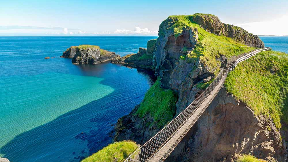 Pont à cordes Carrick A de Rede en Irlande du Nord